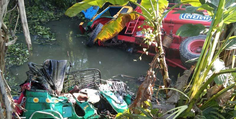 2 killed as lorry rams auto-rickshaw in Chandpur