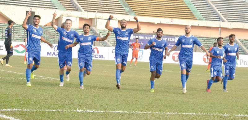 Uttar Baridhara players celebrating after winning the match against Brothers Union in the Federation Cup football on Tuesday at the Bangabandhu National Stadium, Dhaka. photo: BFF