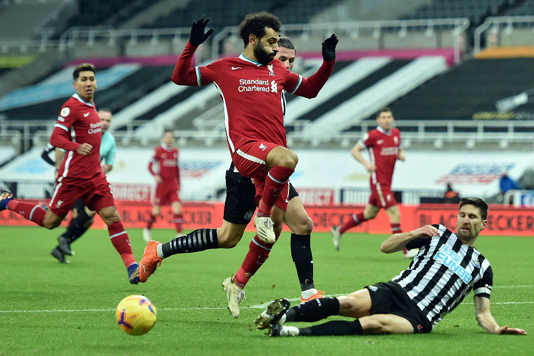 Liverpool miss chance to stretch lead after Newcastle stalemate