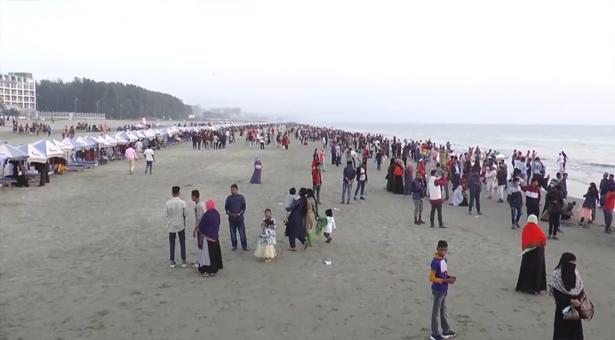 Tourists flock to Cox's Bazar amid pandemic