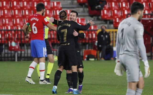 Messi and Griezmann put on show as Barca outclass Granada