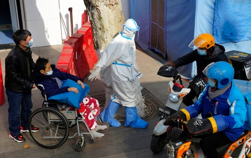 China builds new quarantine centre as virus cases rise