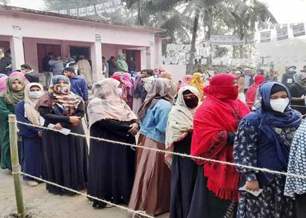 2nd phase of polls to 60 municipalities begins