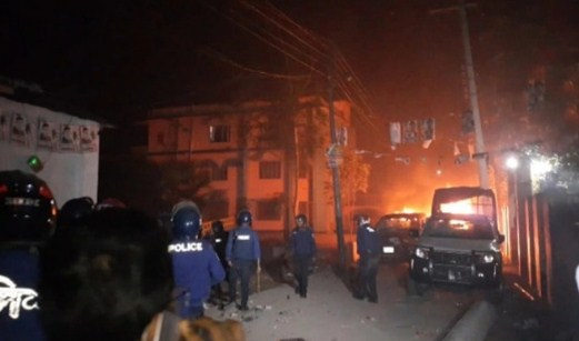Gaibandha municipal polls: Locals seize ballot boxes, clashes break out