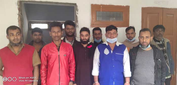 RAB detain 10 traders, seize 883 mobile phones in Narayanganj