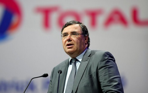 Total leads Europe's oil majors in clean energy push
