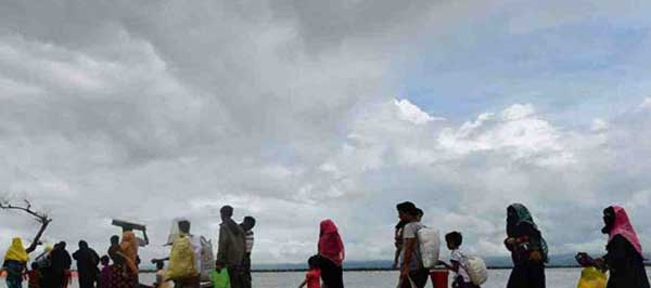 Rohingyas at Sea: Dhaka reminds others about burden-sharing