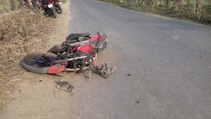 Two killed, 3 injured in motorcycles collision