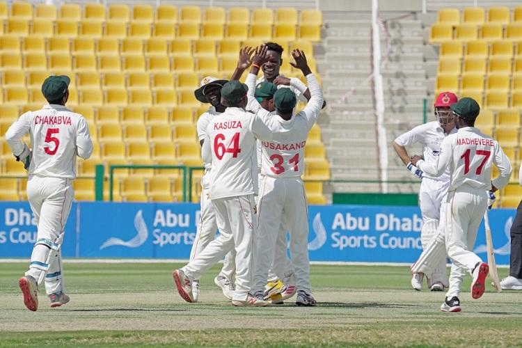 Zimbabwe wins by 10 wickets