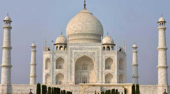 Taj Mahal shut, tourists evacuated after bomb threat call