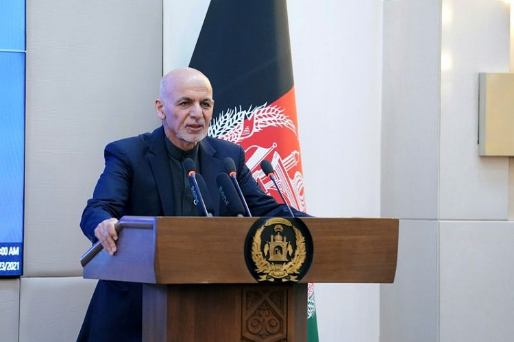 Afghan president Ashraf Ghani speaks during a ceremony as the country starts vaccination campaign with AstraZeneca's COVID-19 vaccines from India, at the Afghan Presidential Palace in Kabul, Afghanistan February 23, 2021. Photo: Reuters