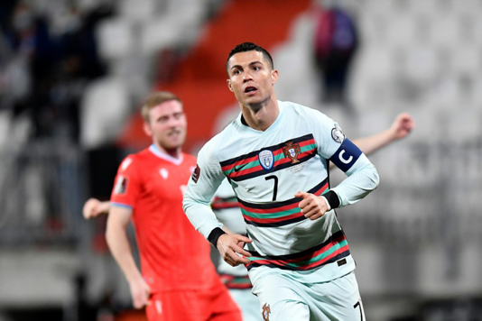 Ronaldo helps Portugal past Luxembourg