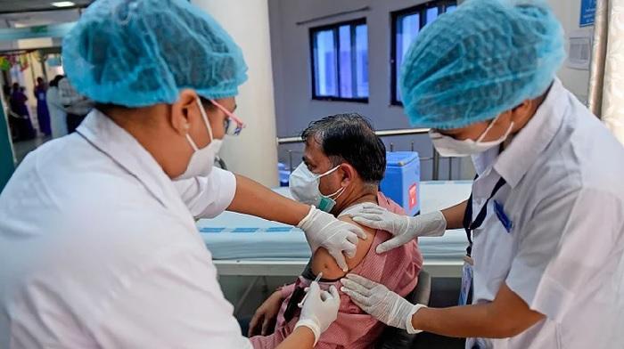 Covid-19 vaccination to continue amid lockdown