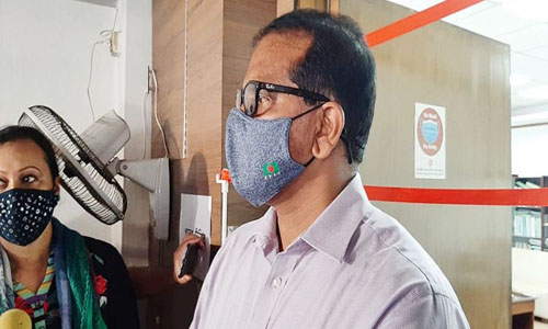 'Govt trying to raise 800 more beds in Dhaka hospitals'