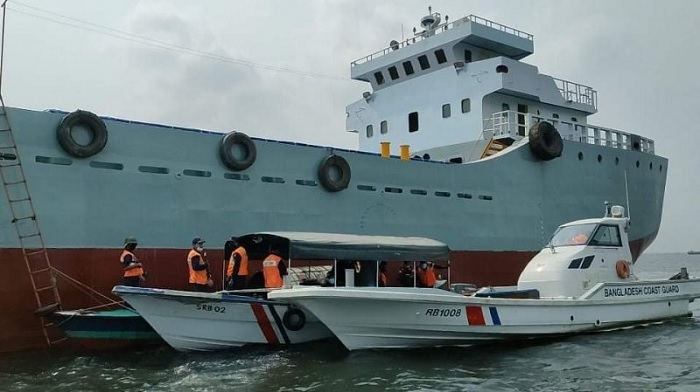 Ruling Awami League lawmaker Sheikh Tonmoy owned 'MV SKL-3' lighter cargo ship at Narayanganj on Thursday.