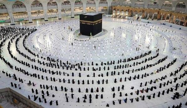 Taraweeh prayers shortened at 2 Holy Mosques in Saudi Arabia