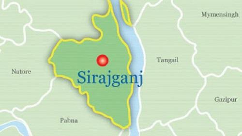 Driver killed as truck rams van in Sirajganj