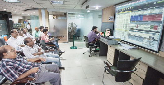 Stock markets to remain open during lockdown