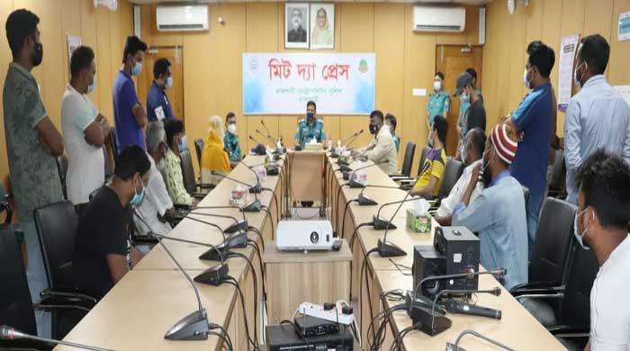 Eight held in Rajshahi over IPL gambling