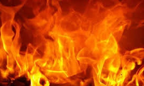 15 clothes shops gutted by Fire in Jashore