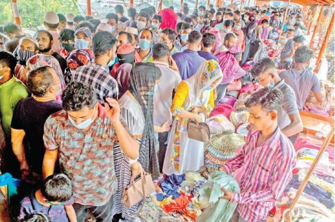 Crowds at shopping malls may bring back Covid nightmare, warns minister