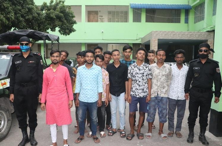 18 members of teen gang held in Dhaka