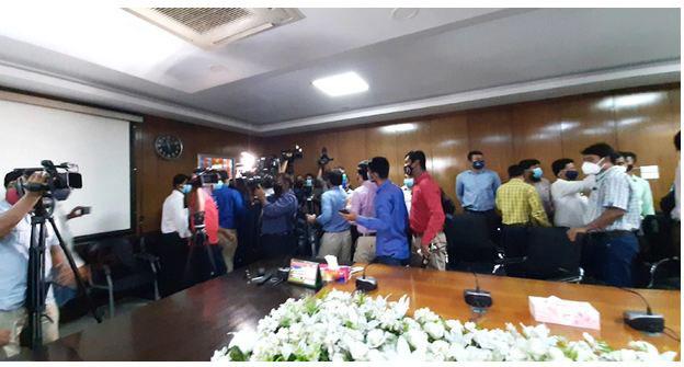 Journalists boycott Health Ministry briefing