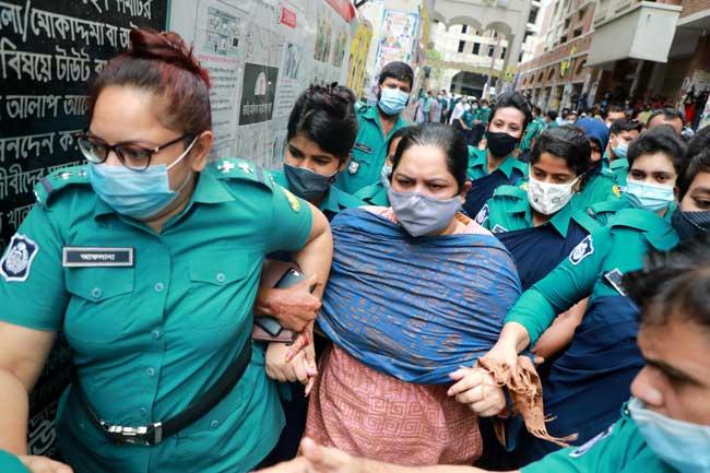 Journalist Rozina sent to jail