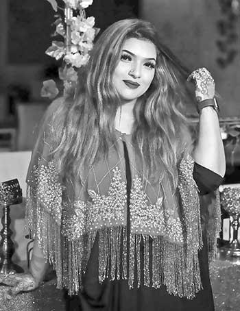 Mirror Diva by Reem: A makeup artist