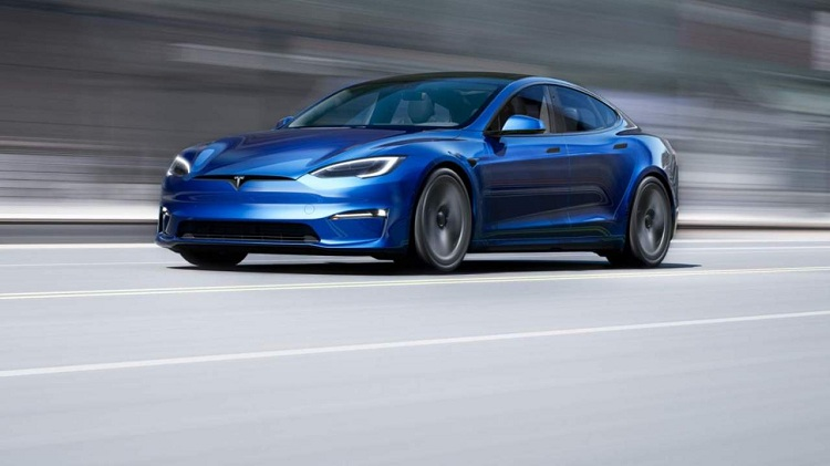 Tesla cancels the longest-range Model S Plaid+