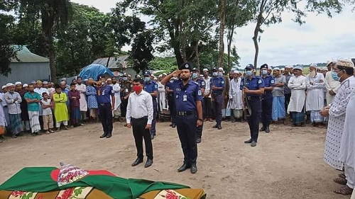 Birangana laid to rest with state honour in Mymensingh