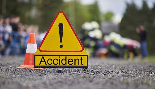 Cop killed as unidentified vehicle hits bicycle in Dhanmondi