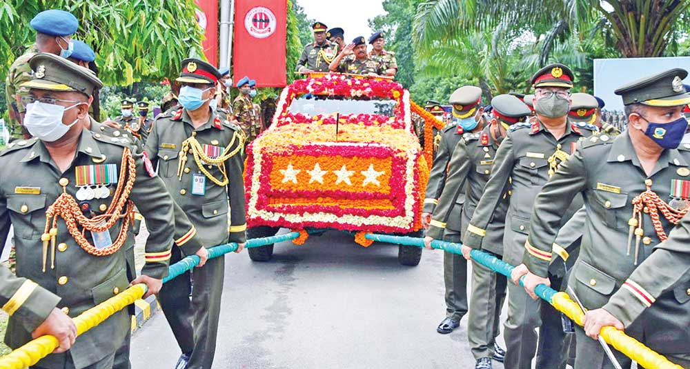 Outgoing Army Chief given a farewell