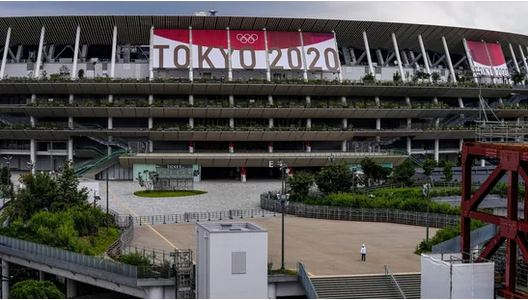 Tokyo 2020 organisers ban alcohol, defend allowing spectators