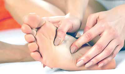 Acupressure reduces all the pain in body