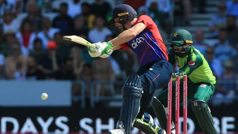 Spinners help England level T20 series against Pakistan