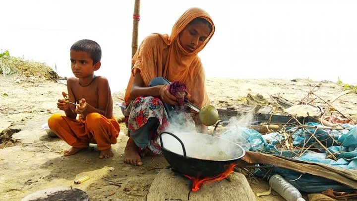 Jamuna erosion takes serious turn, several hundred families become paupers