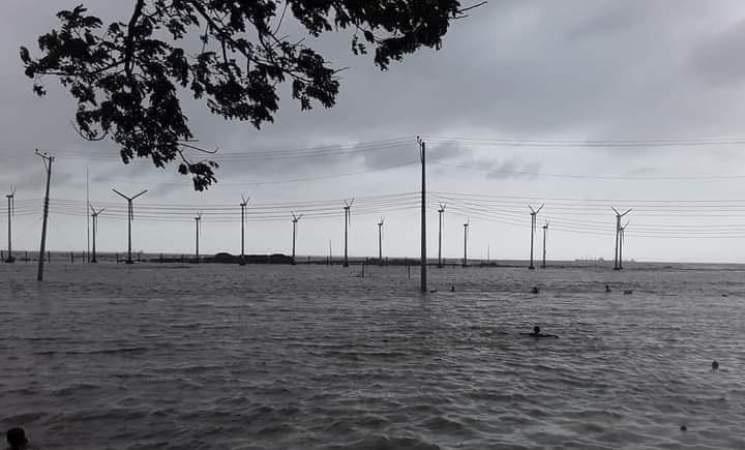 12 Cox's Bazar villages flooded, Baliari, Rest House devoured