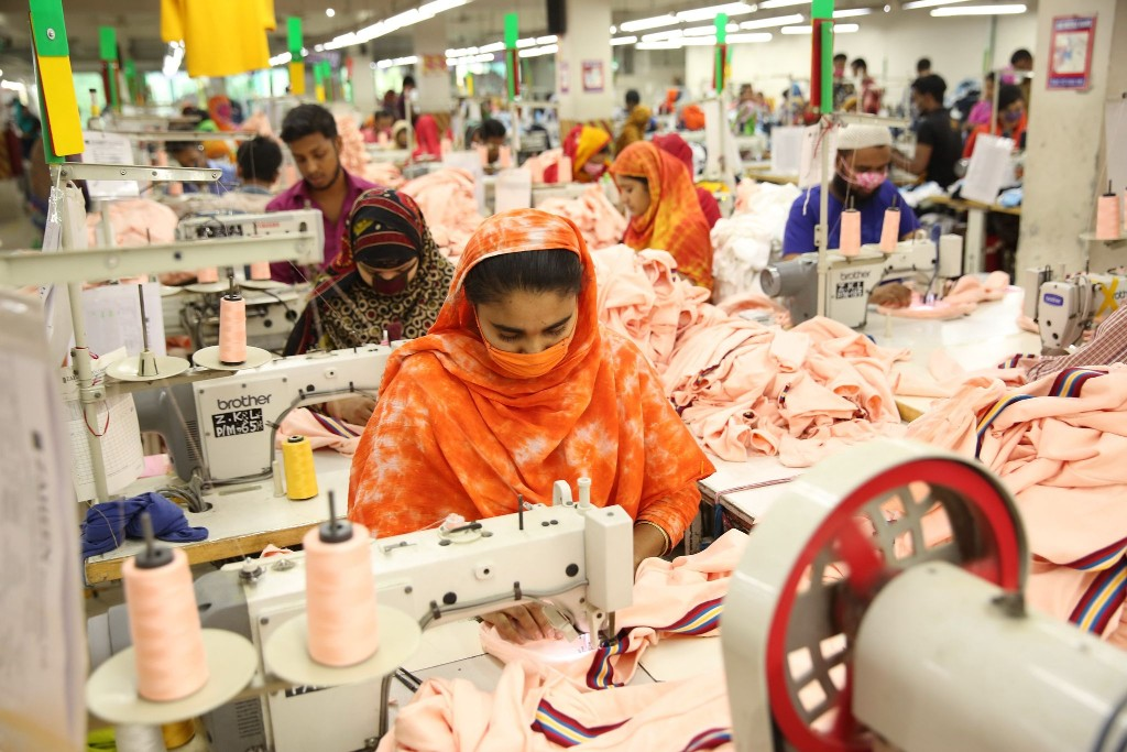 Export-oriented factories reopen from Sunday