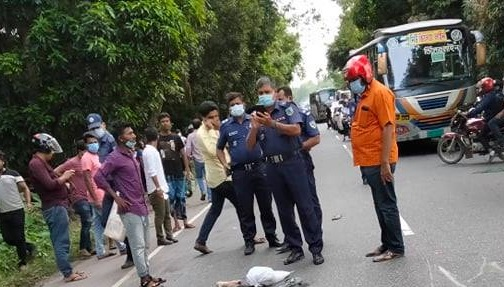 One killed, couple injured in Manikganj road accident
