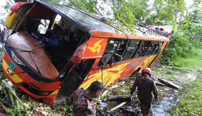 Four killed, 40 injured as bus falls into ditch in Magura