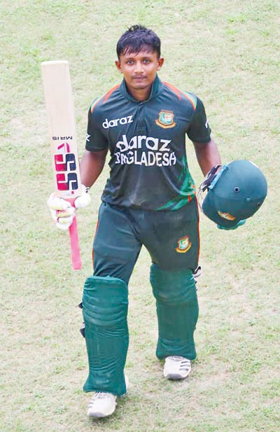 Bangladesh Under-19 batter Aich Mollah poses on Tuesday after hitting century in the 3rd of the five match Youth ODI series against Afghanistan Under-19 team at Sylhet International Cricket Stadium.photo: BCB