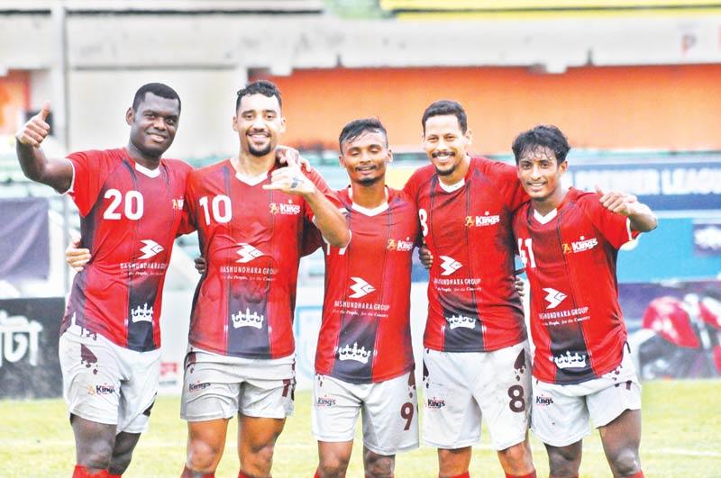Bashundhara Kings booters celebrating a win against Saif Sporting Club in a remaining match of Bangladesh Premier League on Tuesday at Bangabandhu National Stadium in Dhaka.photo: BFF