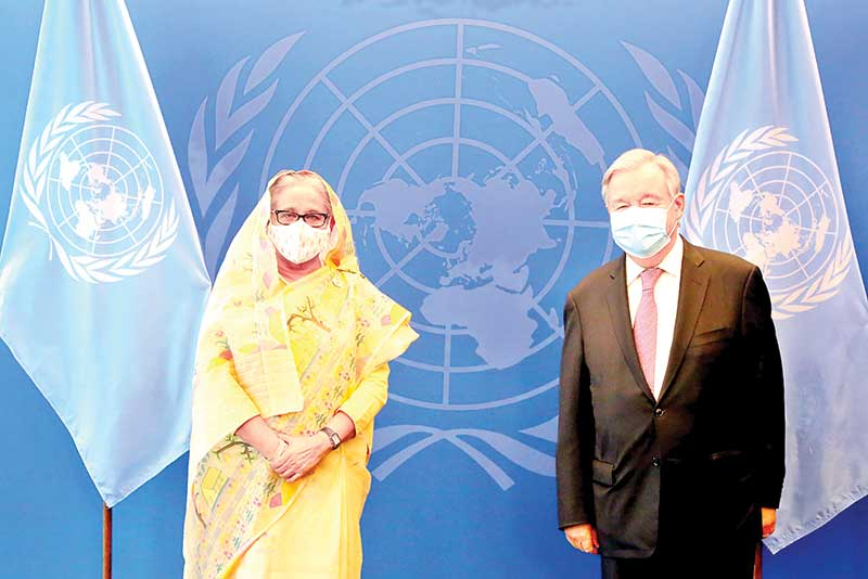 Prime Minister Sheikh Hasina meets United Nations Secretary General Antonio Guterres at the UN headquarters in New York on Thursday.PHOTO: PID