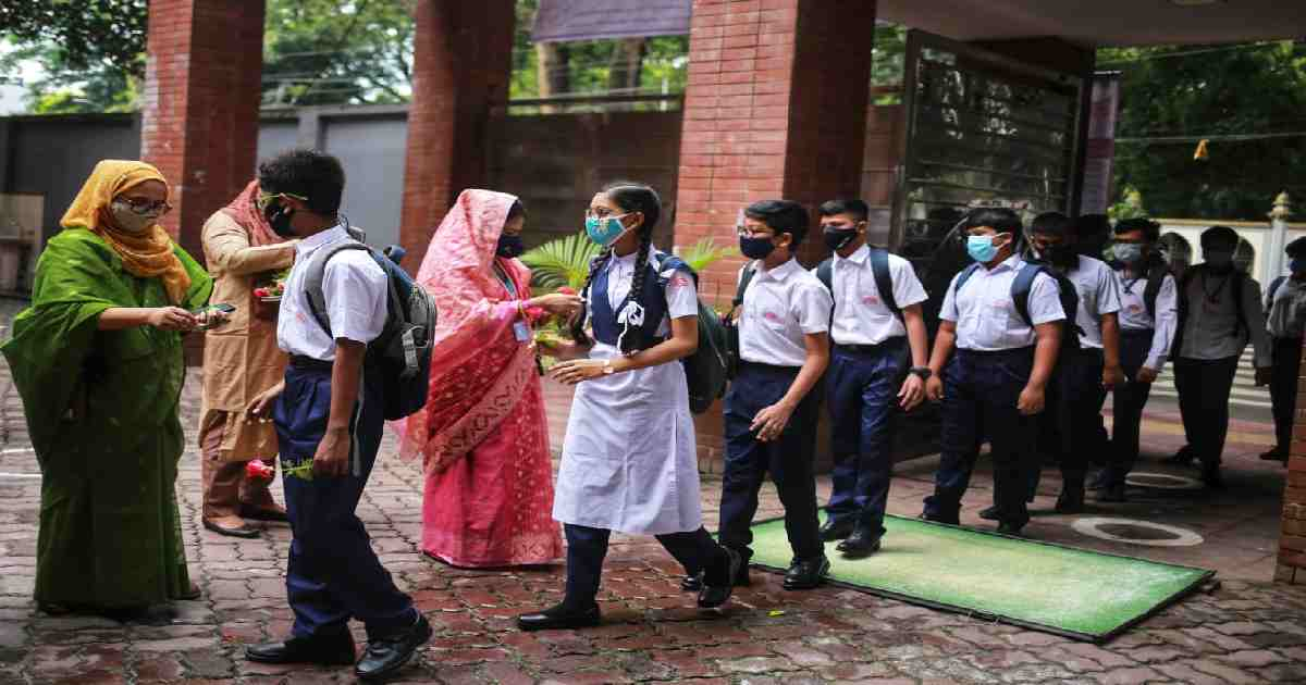 Schools, colleges that'll see infection surge to be shut: Minister