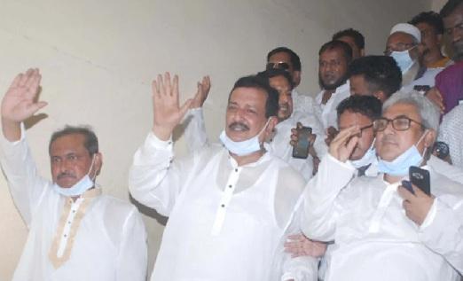 BNP Chairperson's adviser and former Rajshahi City mayor Mizanur Rahman Minu, Rajshahi City BNP president Mosaddek Hossain Bulbul and general secretary Shafiqul Huque Milon granted bail on Sunday.