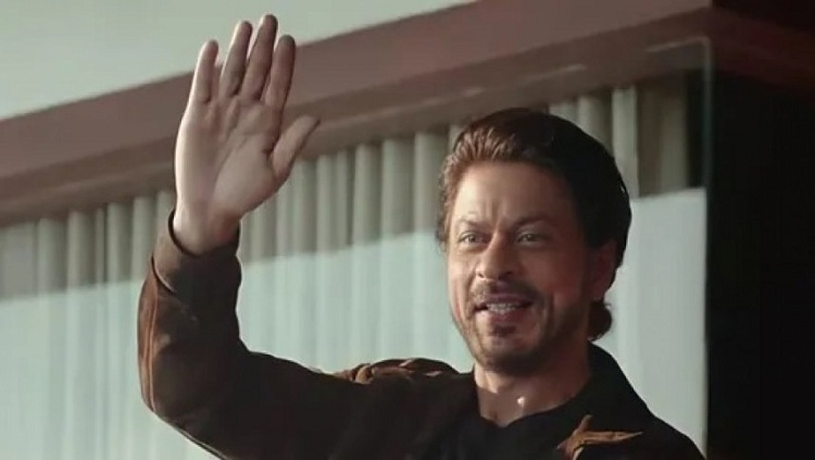 Shah Rukh Khan's fans leave message of support outside Mannat