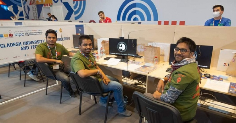 BUET team becomes Asia West Champion in Moscow programming contest